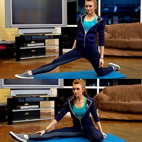 Упражнение на растяжку (ноги) 3