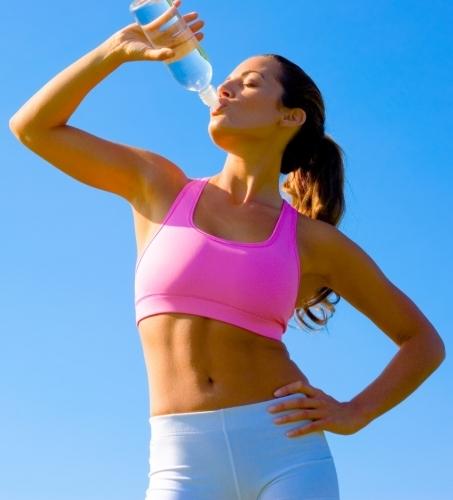Вода во время тренировки сколько пить