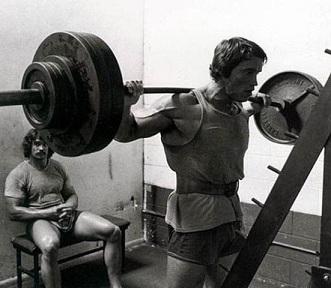 Тренировки Арнольда Шварценеггера советы для ног и плеч 2