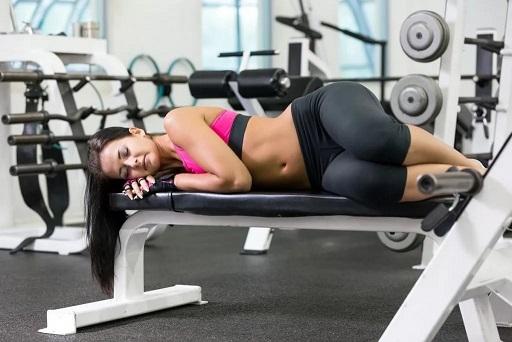 Упражнения для похудения при месячных