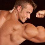 Тренировка бицепса: 3 интересных приёма