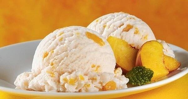Мороженое из персиков и сливок