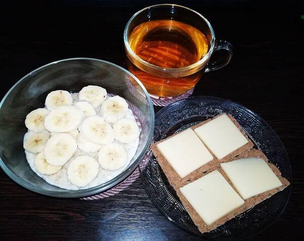 Дробное питание с бананами и сыром