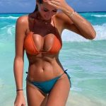 ТОП 7 упражнений для подтяжки груди