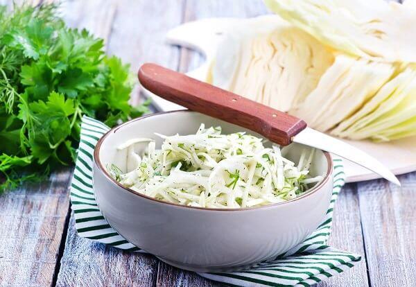 капустный салат с редькой для похудения